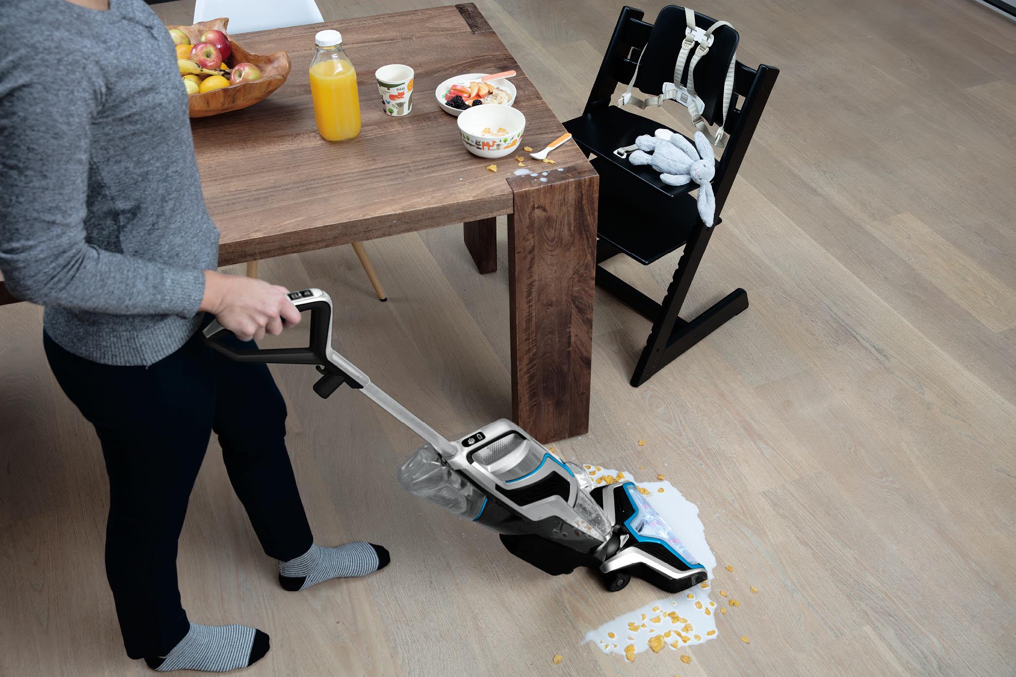 Как мыть ламинат моющим пылесосом: советы профессионалов BISSELL